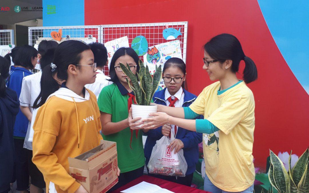 Hoạt động Đổi pin – Nhận cây xanh tại Trường THCS Nam Từ Liêm