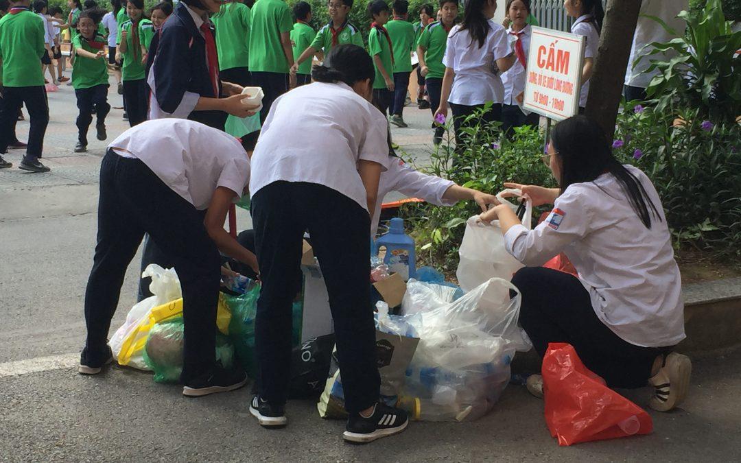 Tuần lễ thu gom và giảm thiểu rác thải nhựa tại Trường TH, THCS và THPT Thực Nghiệm