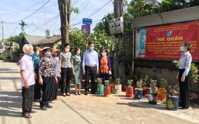 Hội phụ nữ quận Bắc Từ Liêm tái sinh bếp than và biến bãi rác thành vườn hoa